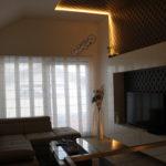 Obývacia izba s vysokým stropom, Heľpa